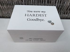 Personalised In Memory Of A Loved One ~ Box ~ WIFE ~ any Name Bereavement Loss - 232737660127